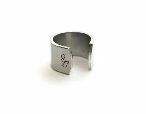 Signature Logo on Ring