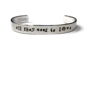 WARL Bracelet – All They Need is Love